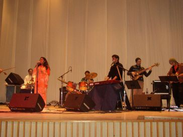 KARYSHMA Rocks The House At Wellesley