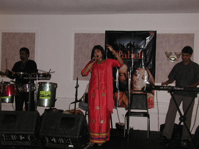 Melody Queen Manisha Savla Entertains Us