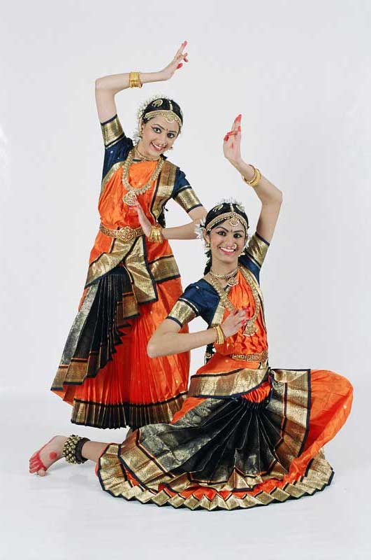 Arangetram - Prarthna Desai And Anishi Shah