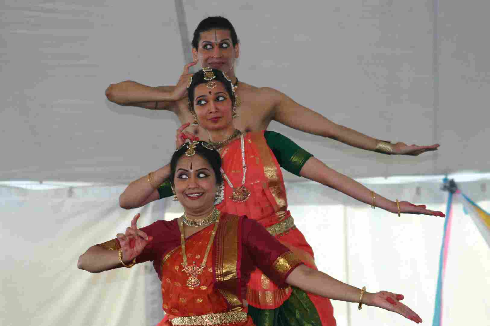Dragon Boat Festival Features Tejas, A Troupe Of   Bharathanatyam Dancers