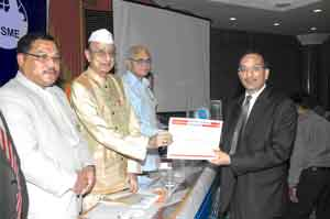 Anil Agrawal Receives Udyog Rattan And Man Of The Year Award