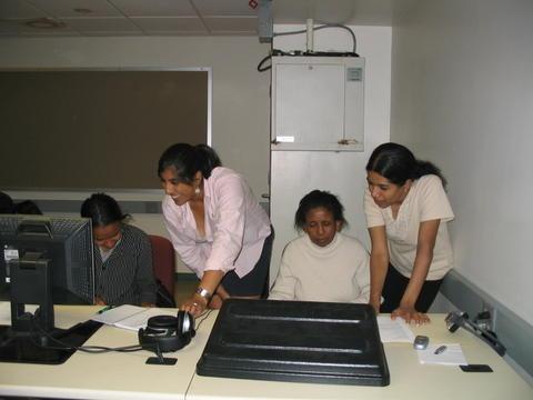 Saheli Holds Computer Classes