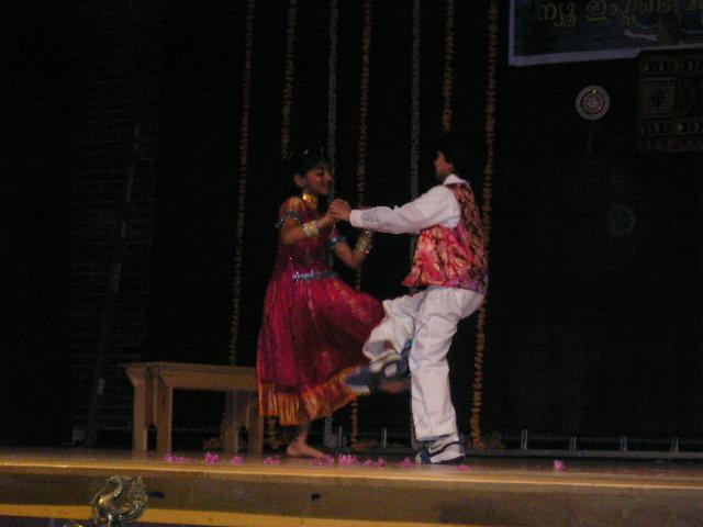 Dazzling Dancers And Desi Dhamaka Win!