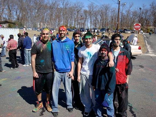 MA Hindus Celebrate Holi
