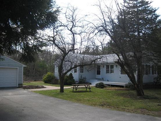Classified - 3 BR House In Carlisle, MA