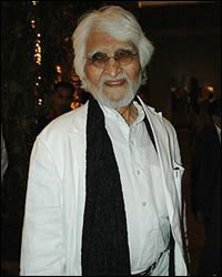 Famous Painter M.F. Hussain Dies At 95