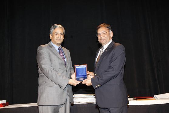 Anantha Chandrakasan Receives The 2013 IEEE Donald O. Pederson Award