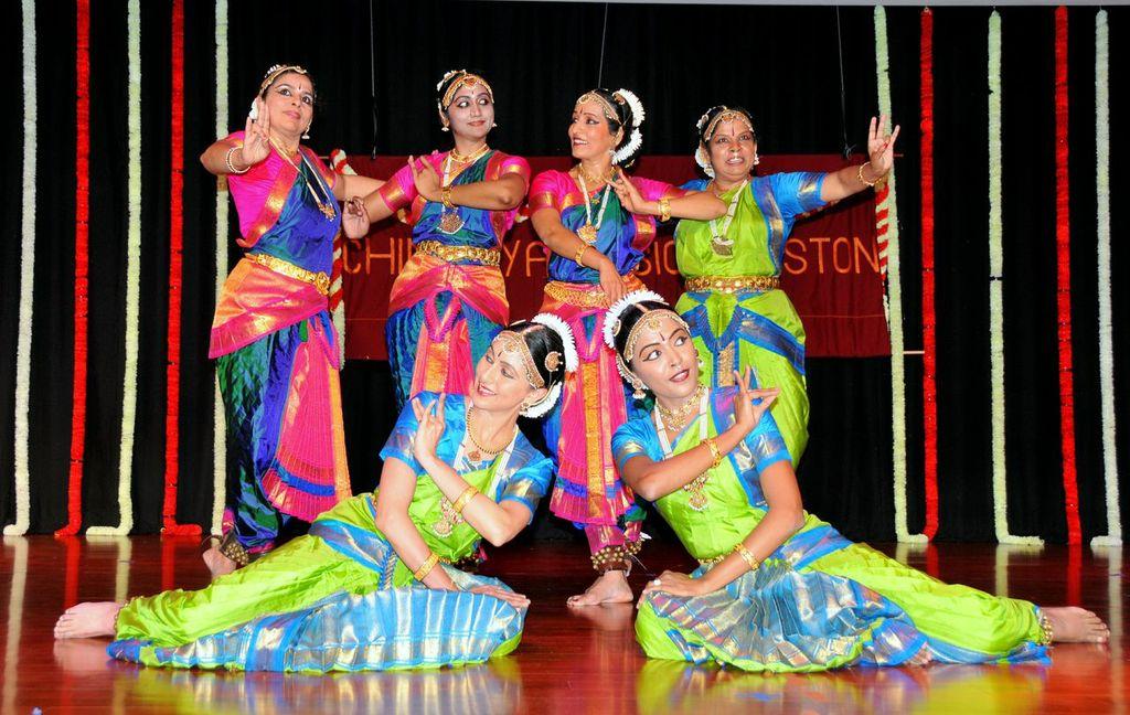 Baaje Muraliyaa - A Fine Treat