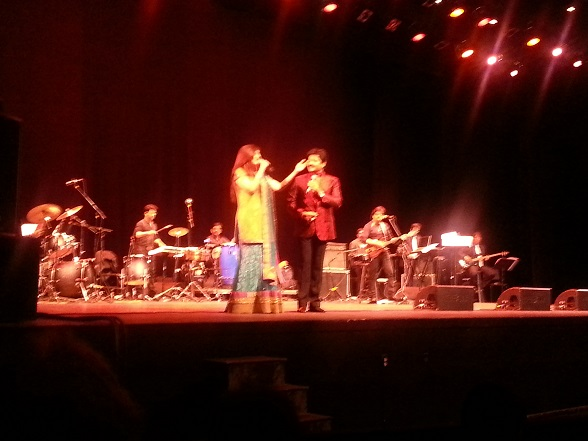 Alka Yagnik And Udit Narayan Mesmerize Boston