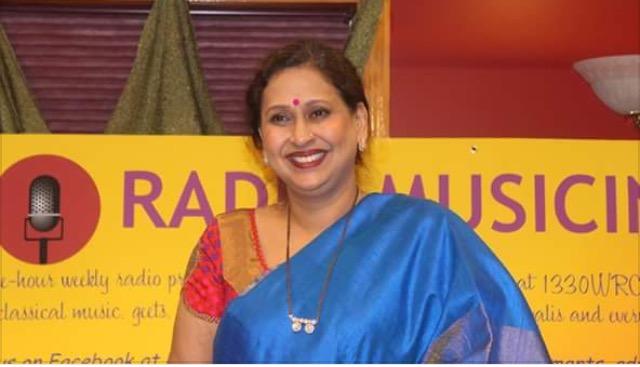Themed Music Presentation Ritu-Rang By Arati Ankalikar-Tikekar Enthralls Listeners!