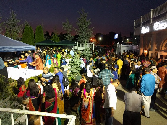 Nearly 2000 Gather To Dance To Purohit's Tunes