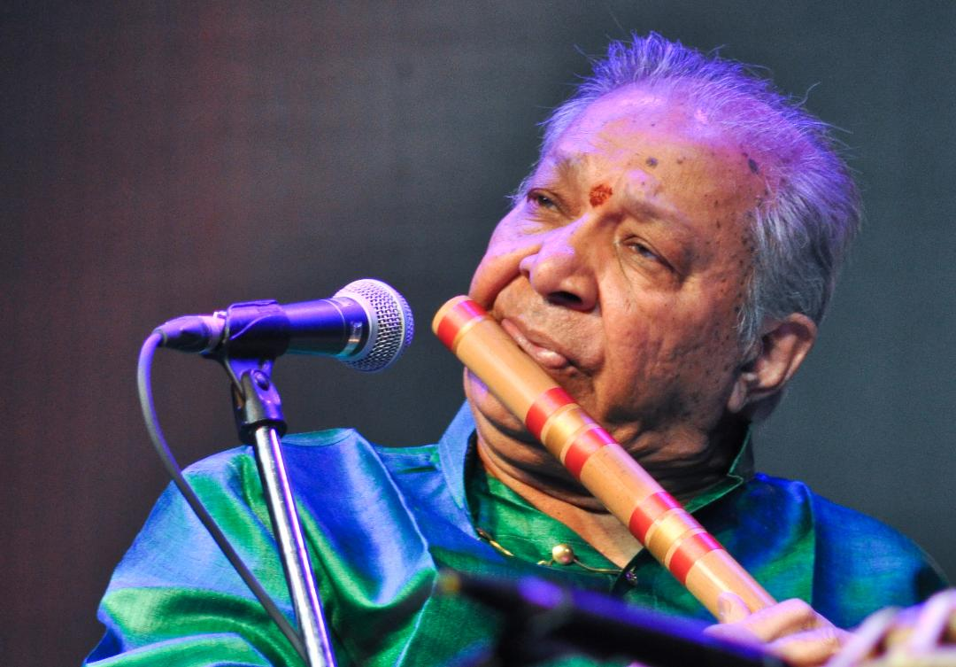 Legendary Flautist Pandit Hariprasad Chaurasia To Perform In Boston After 9 Years