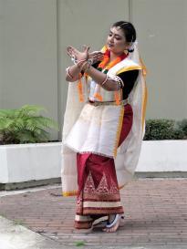 Lokvani Talks To Krishnakali Das Gupta, Scientist And Dancer