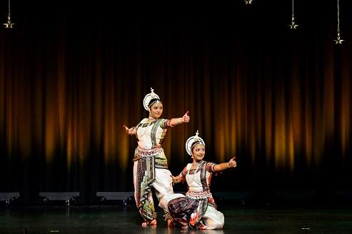 Arangetram: Avani Agrawal And Anuva Agrawal