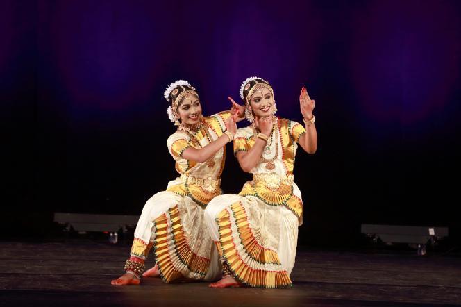 Arangetram: Nivedhya Cheruvari And Anjali Anilkumar