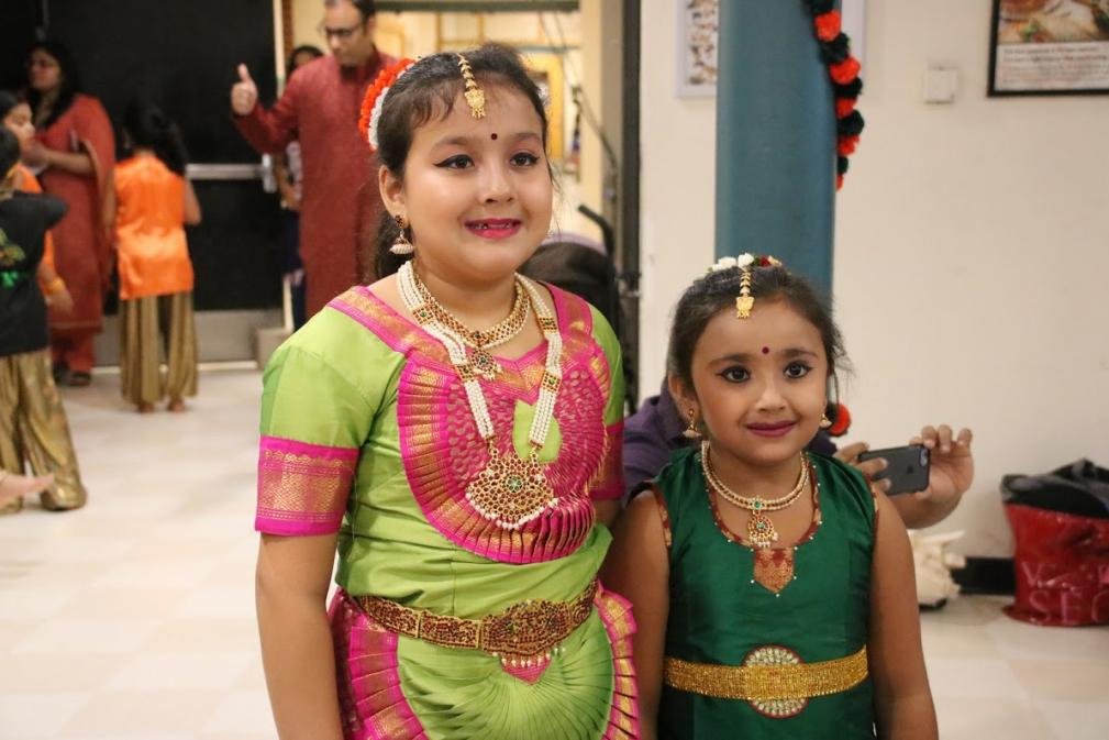 Indian Americans Of Lexington Celebrate Diwali