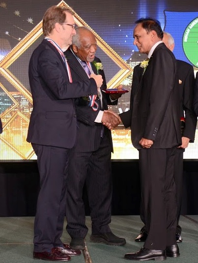 Dr. Vemuri S. Murthy Recognized With A Congressional Medal As A Global Champion Of Resuscitation