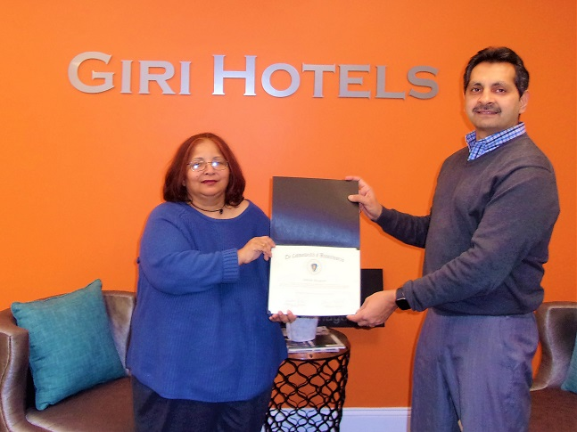 Kumu Gupta Presents Governor's Citation To Ashish Sangani