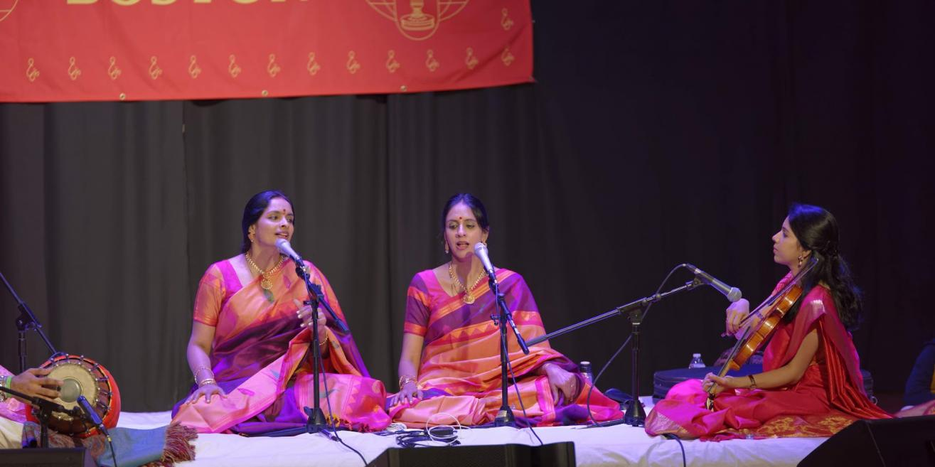 Ranjani And Gayatri And Sanjay Subrahmanyan Concerts At The Chinmaya Mission