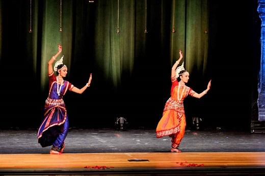 Arangetram: Ritika Gurjar And Sanjana Sankar