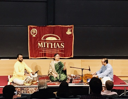 Agra Gharana Vocalist Delights Music Lovers In A MITHAS Presentation