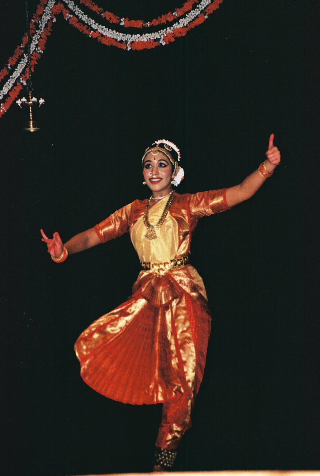 A treasured experience arangetram by kavitha vijayasekar for Arangetram stage decoration