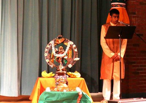 Arangetram maithreyi shankar for Arangetram stage decoration