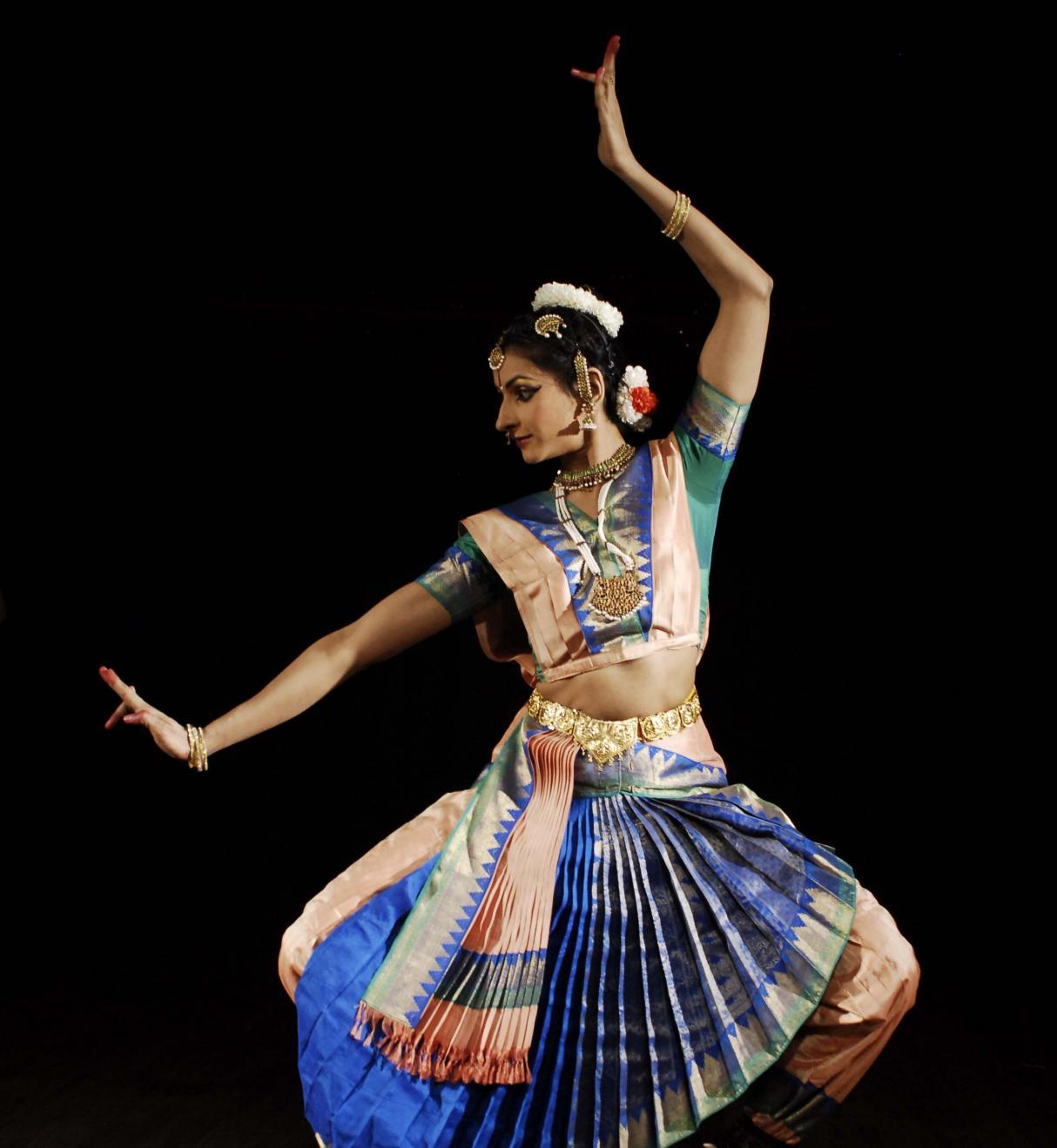 how to dance bharatanatyam step by step